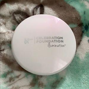 it cosmetics - Illumination Celebration Foundation